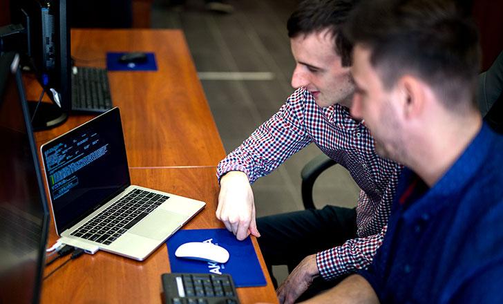 Tworzenie oprogramowania w Akanzie